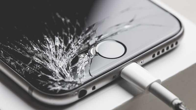 Lỗi do iphone bị rơi vỡ
