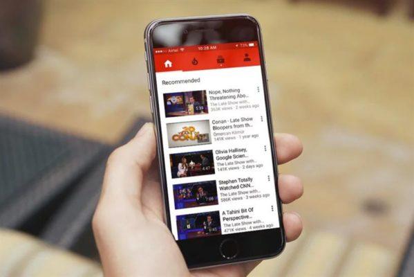 Mở app youtube lên tìm kiếm video mình muốn tải về