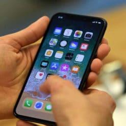 Touch ID sẽ được hồi sinh trên màn hình iPhone 2019