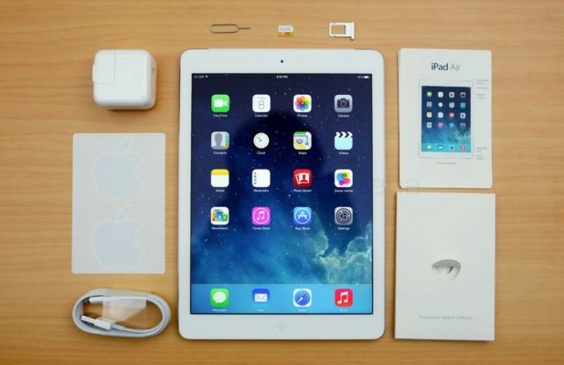 iPad cellular có đầy đủ khe gắn sim + wifi