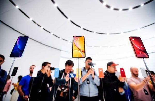 Apple tấn công mạnh mẽ hơn vào giá cả