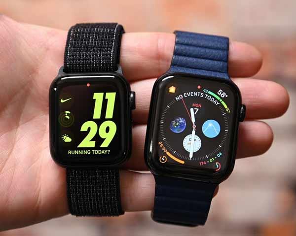 Kiểm tra dây đeo của đồng hồ