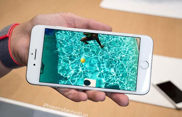 Màn hình Retina trên iPhone 7 Plus
