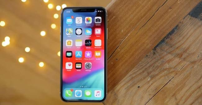 Màn hình iPhone 12