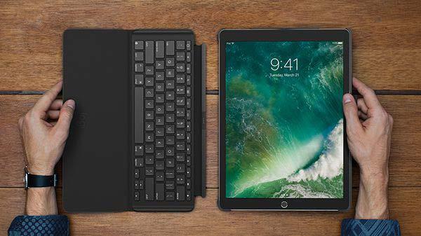 Cách chuyển giữa bàn phím ảo sang bàn phím cứng trên iPad