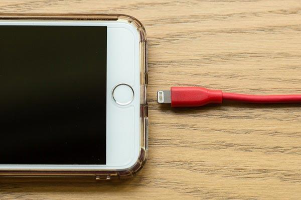 Khi nào cần thay pin iPhone 7 Plus
