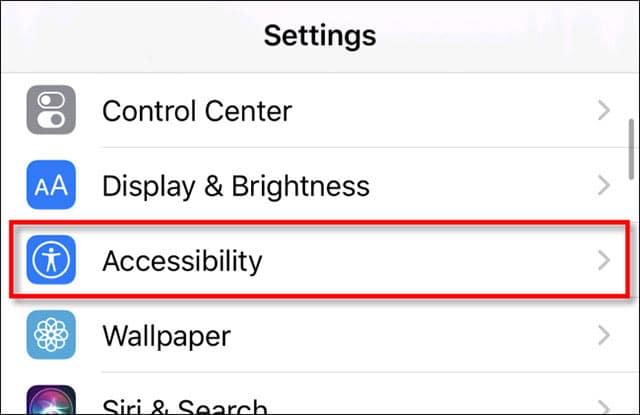 Bấm vào mục Accessibility